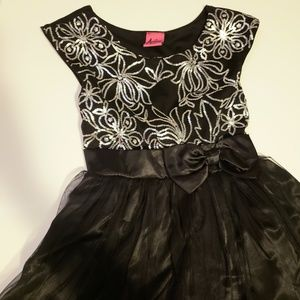 Other - Girls black dress with sequin detail